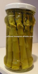 Green  asparagus in Glass  jar
