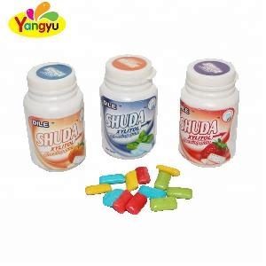 fruity xylitol sugar free chewing gum in round jar
