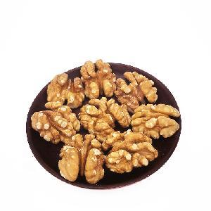 TTN Bulk Sales Walnut  Shell  Halves And Milk  Dry  Fruit Walnut
