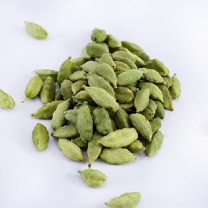 Best Selling Dried Spice Black Cardamom at Attractive Rate/ SRI LANKA  DRIED BLACK CARDAMOM EXPORTER