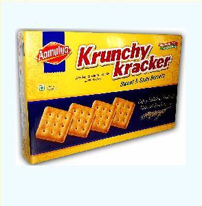 Sweet and Salt Crackers 250g Square Crunchy Crispy Cracker Salt Cracker Family pack Attractive Gifting Biscuits Krunchy Kracker