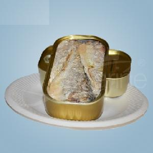 Canned  Sardine s and Canned  Tuna   Fish  in oil or tomatoe sause