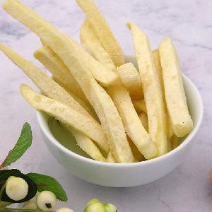 Замороженные продукты, замороженный  картофель   фри , открытый пакет, жареный, вкусный и удобный  картофель   фри   IQF