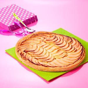 Fine apple compote tart