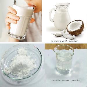 Delicious  sweet  instant coconut milk powder