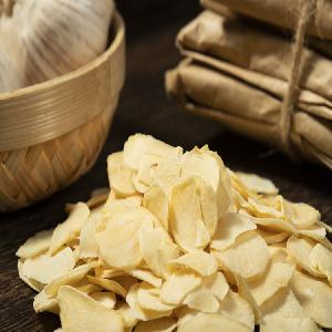 Professional manufacturer Dehydrated garlic flakes