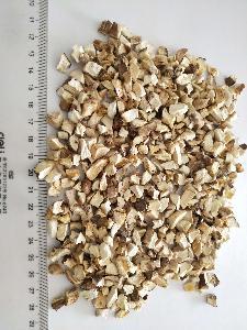 Dehydrated Air dried  shiitake   mushroom  flakes cubes granules
